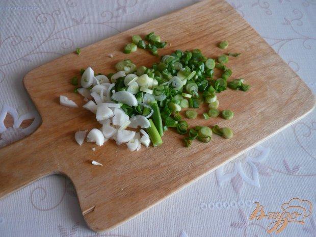 Заливное из курицы с зеленым луком