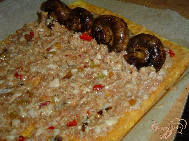 Сырный рулет с мясом и грибами