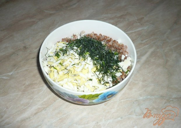 Гречневая каша с яйцами и куриным мясом