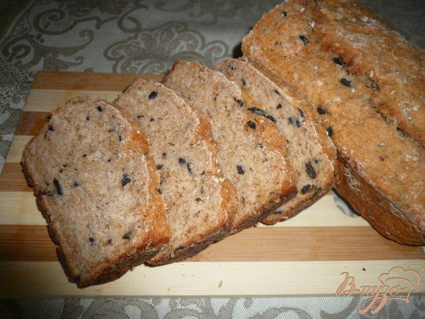 Овсяный хлеб с маслинами