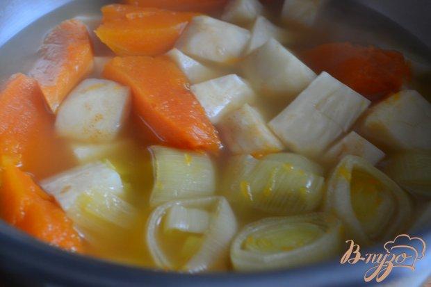 Суп-пюре из тыквы с корневым сельдереем