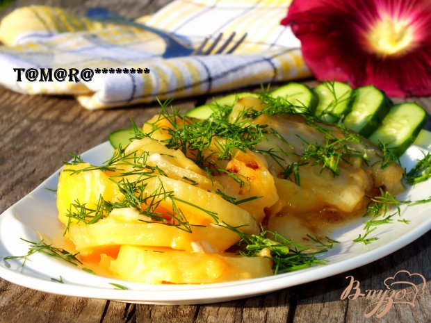 Запеченный картофель с кабачком