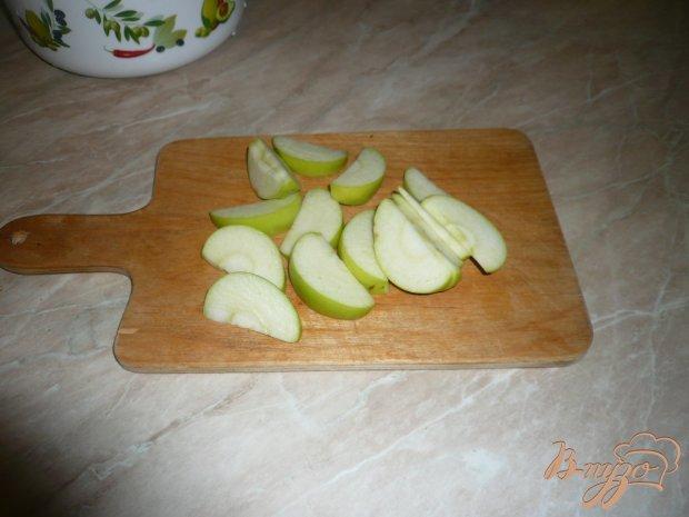 Куриная грудка, запеченная с яблоками
