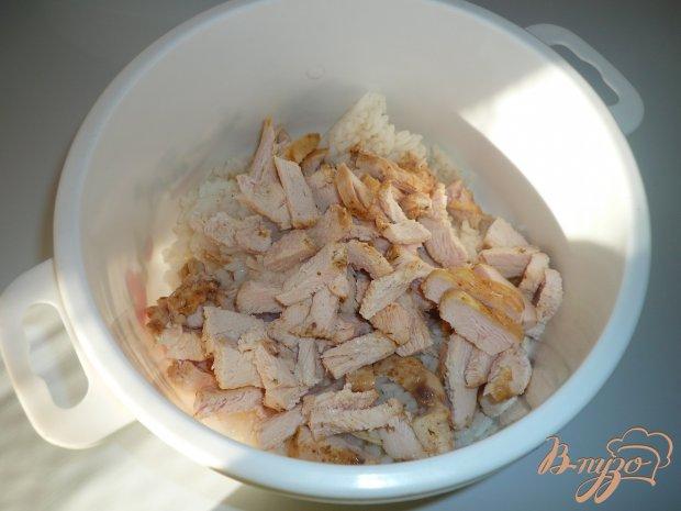 Салат с рисом, курицей и морковью по-корейски