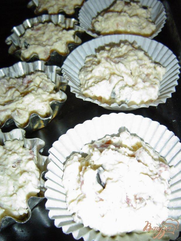 Кексы с копченым мясом и сыром