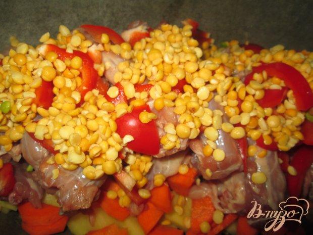 Куриные шейки с картофелем и горохом