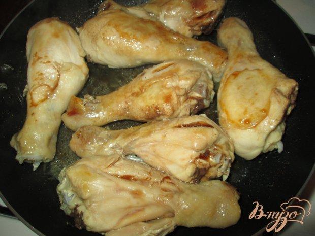 Куриная голень с кунжутом и соевым соусом