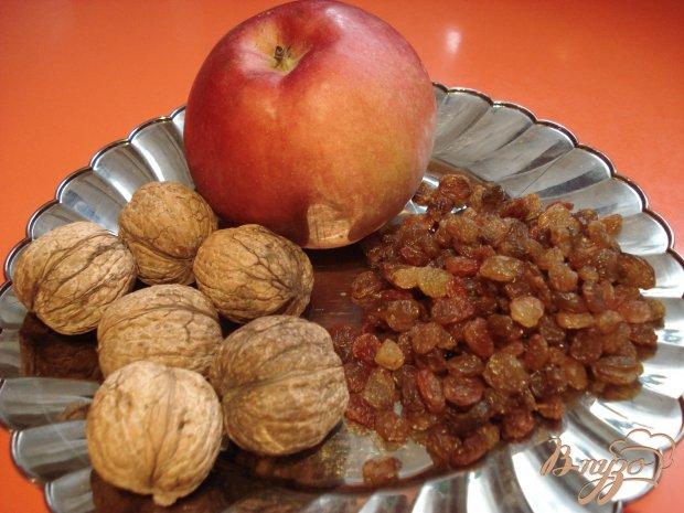 Оладьи с яблоками,орехами и изюмом
