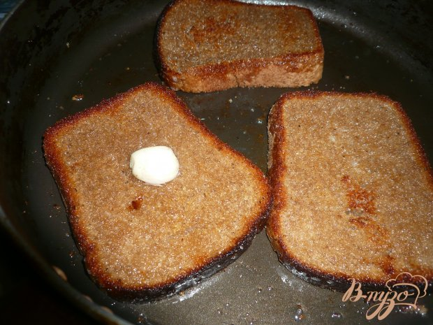 Горячий бутерброд на ржаном хлебе