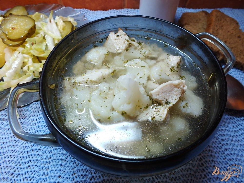 Фото приготовление рецепта: Суп мясной с цветной капустой и прованскими травами шаг №5