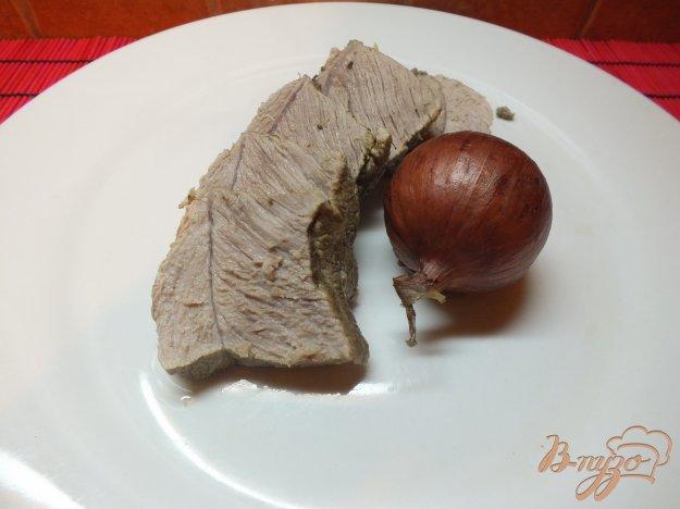 Рецепт Мясо отварное в крутом луковом бульоне