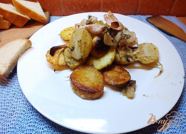 фото рецепта: Картофель королевский с курицей и травами