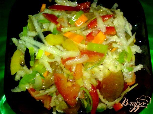 Рецепт Салат овощной со сливами