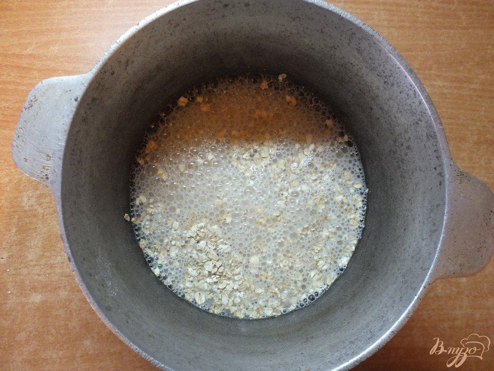 Фото приготовление рецепта: Гарнир из овсяной каши с овечьей брынзой шаг №2