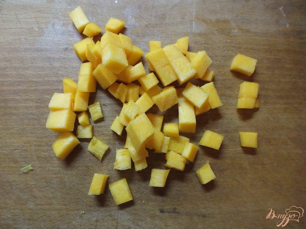 Фото приготовление рецепта: Суп из полу сырых овощей витаминный шаг №2