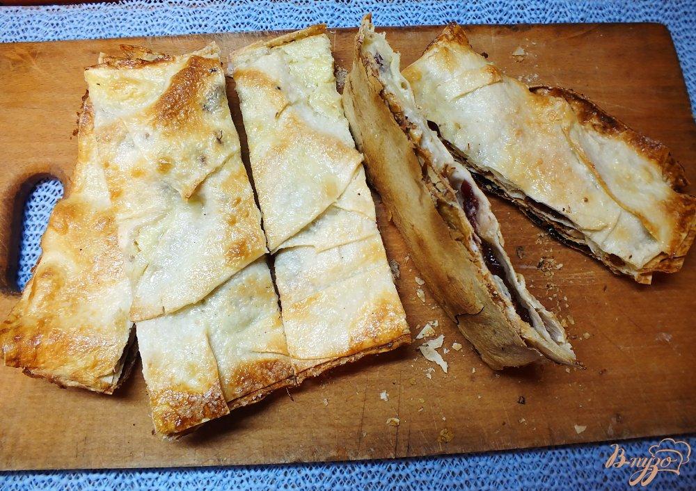 Фото приготовление рецепта: Вкуснейшее печенье из лаваша шаг №6