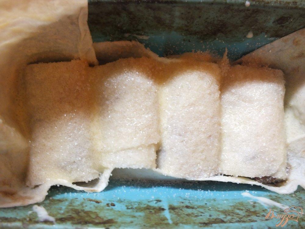 Фото приготовление рецепта: Пирог из лаваша с изюмом крученый шаг №9
