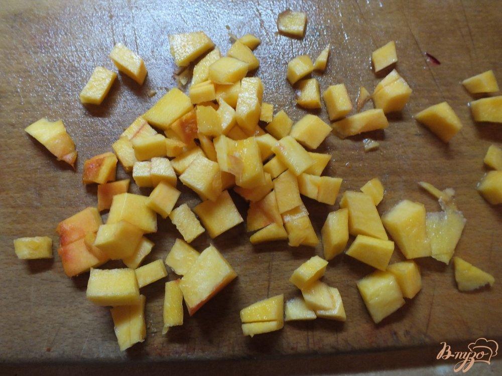 Фото приготовление рецепта: Суп с тыквой и пельменями шаг №2