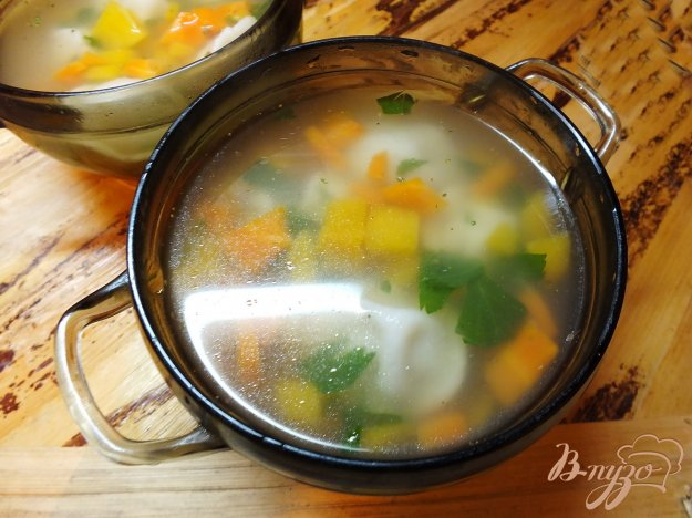фото рецепта: Суп с тыквой и пельменями