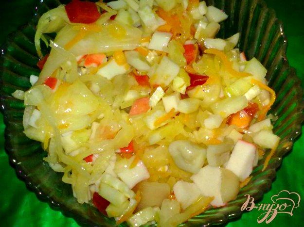 Рецепт Салат с кальмаром и крабовыми палочками