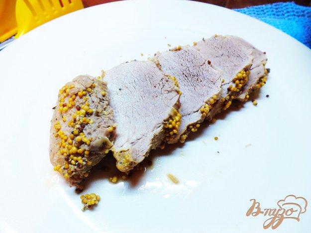 Рецепт Говядина в горчичной корочке и травах