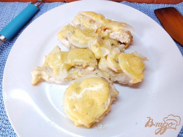Рецепт Курица запеченная с бананом и сыром