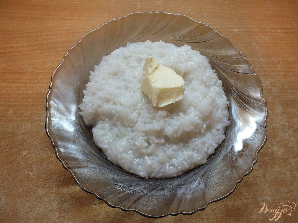 Фото приготовление рецепта: Сладким рис с вяленой ягодой к завтраку шаг №3