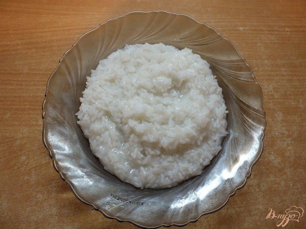 Фото приготовление рецепта: Сладким рис с вяленой ягодой к завтраку шаг №2