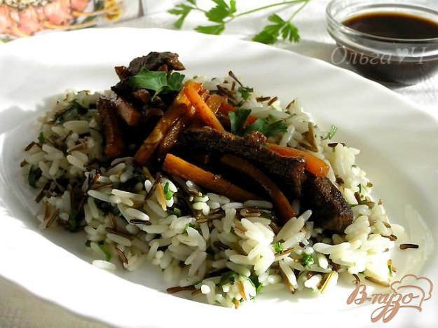 фото рецепта: Телятина в соусе-маринаде Якинику с рисом