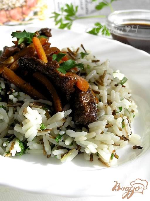 Телятина в соусе-маринаде Якинику с рисом