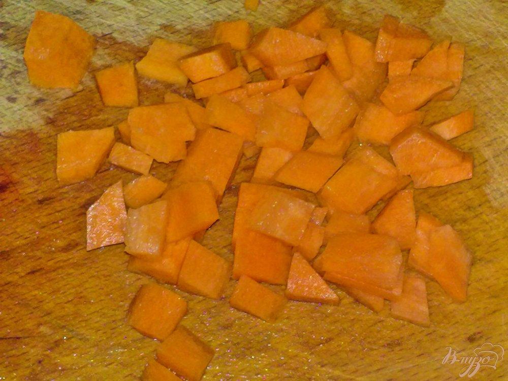 Фото приготовление рецепта: Картофель в соусе с овощами шаг №3