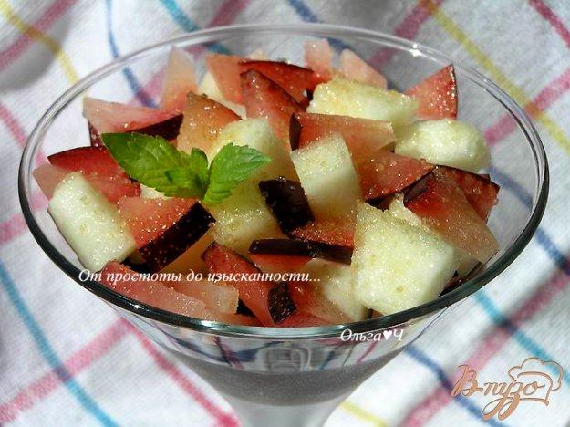 Рецепт Шоколадный десерт с фруктовым салатом