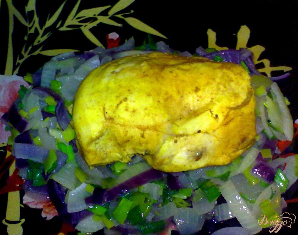 Фото приготовление рецепта: Куриное филе на подушке шаг №7