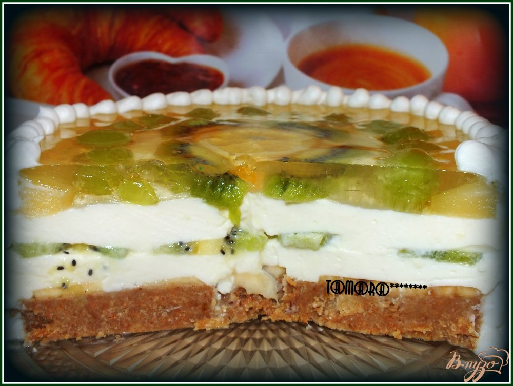 Фото приготовление рецепта: Торт творожный с фруктами шаг №9