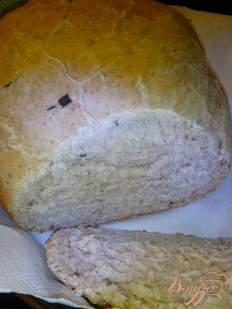 Рецепт Пшеничный хлеб на закваске с чесноком и зеленью в хлебопечке