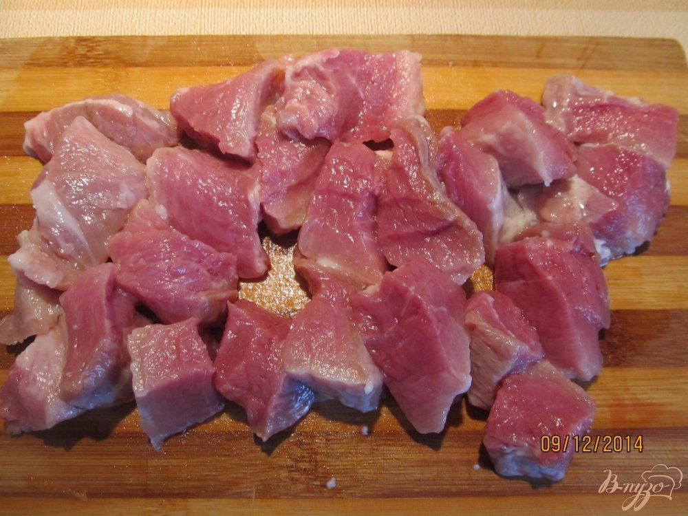 Фото приготовление рецепта: Гуляш из свинины с подливкой шаг №1