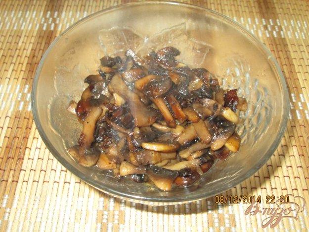 фото рецепта: Жареные шампиньоны с луком и чесноком