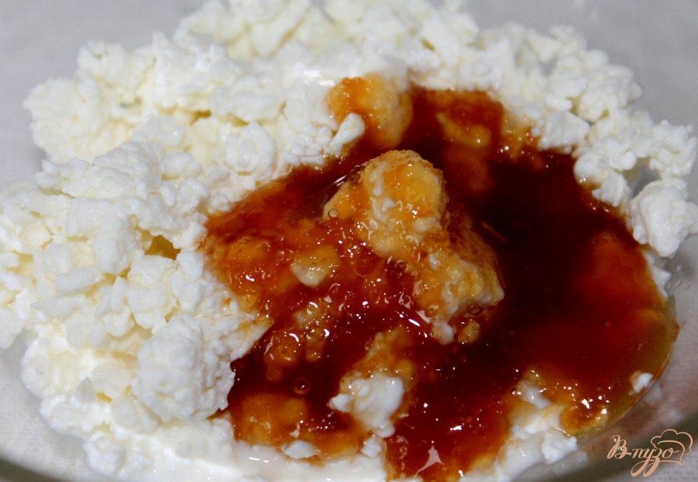 Фото приготовление рецепта: Фруктовый салат с творогом шаг №5