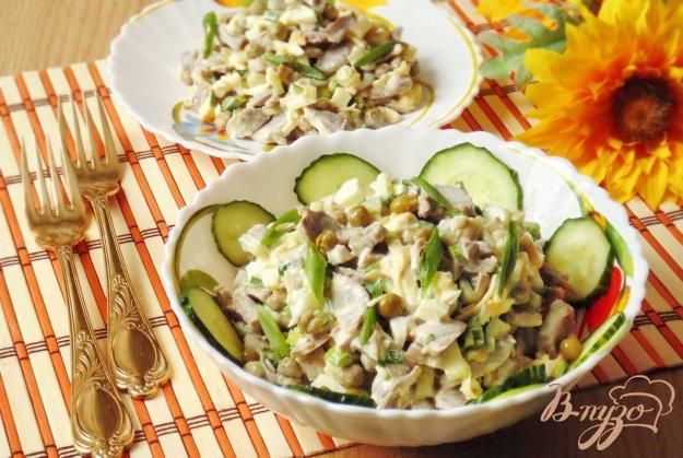 Рецепт Салат с куриными желудками и зеленым горошком