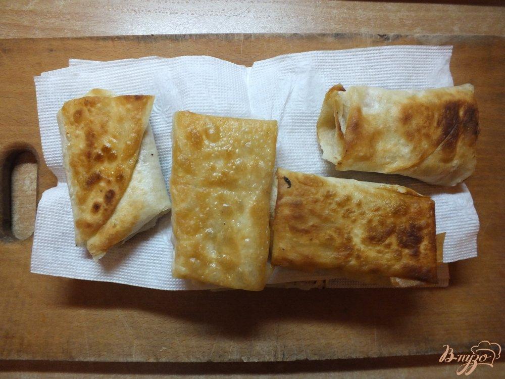 Фото приготовление рецепта: Пирожки с картошкой из лаваша шаг №10