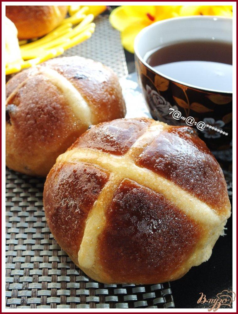 Фото приготовление рецепта: Пасхальные булочки шаг №9