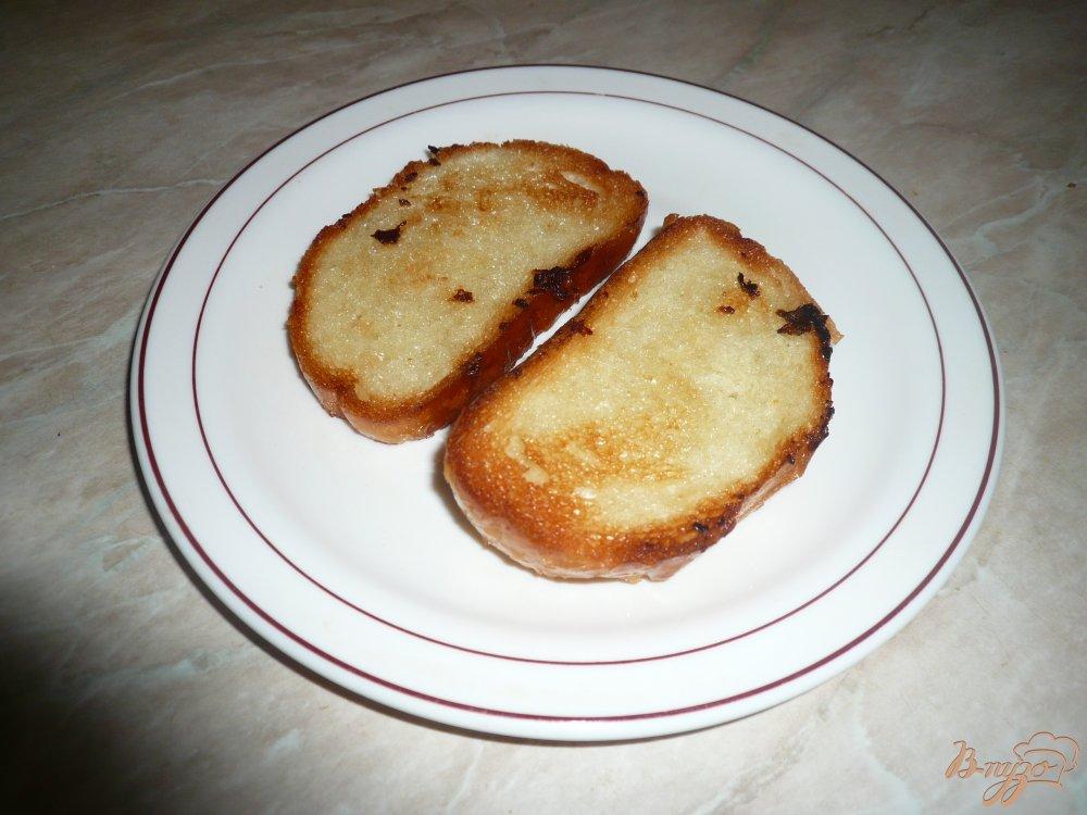 Фото приготовление рецепта: Горячие бутерброды с сыром и перцем шаг №1
