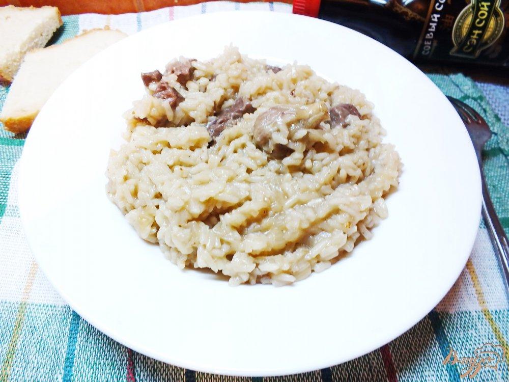 Фото приготовление рецепта: Плов из говядины с соевым соусом шаг №8
