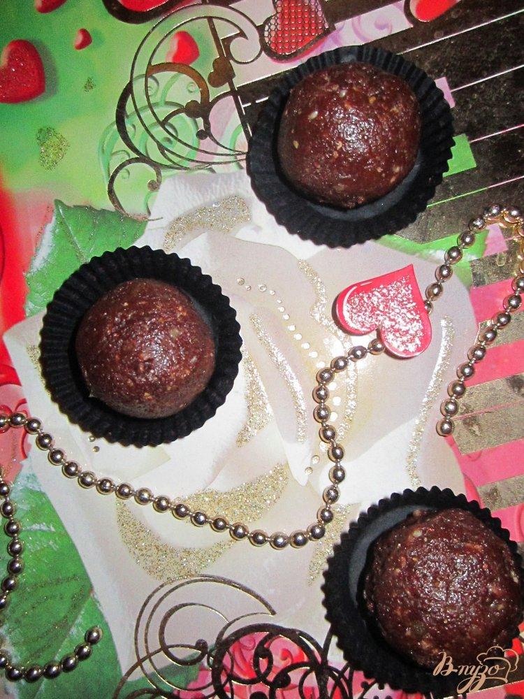 Фото приготовление рецепта: Конфеты с ликером шаг №3