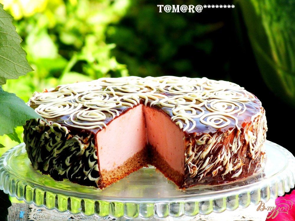Фото приготовление рецепта: Торт с малиновым суфле шаг №10