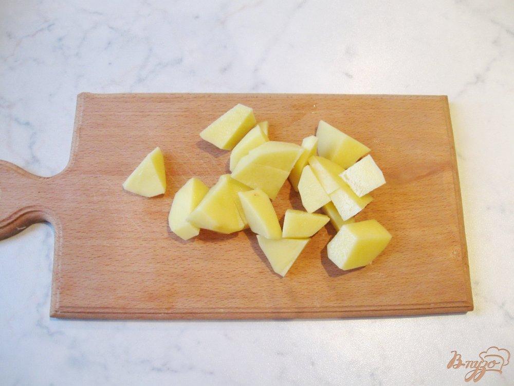 Фото приготовление рецепта: Гороховый суп с копченой индейкой шаг №3