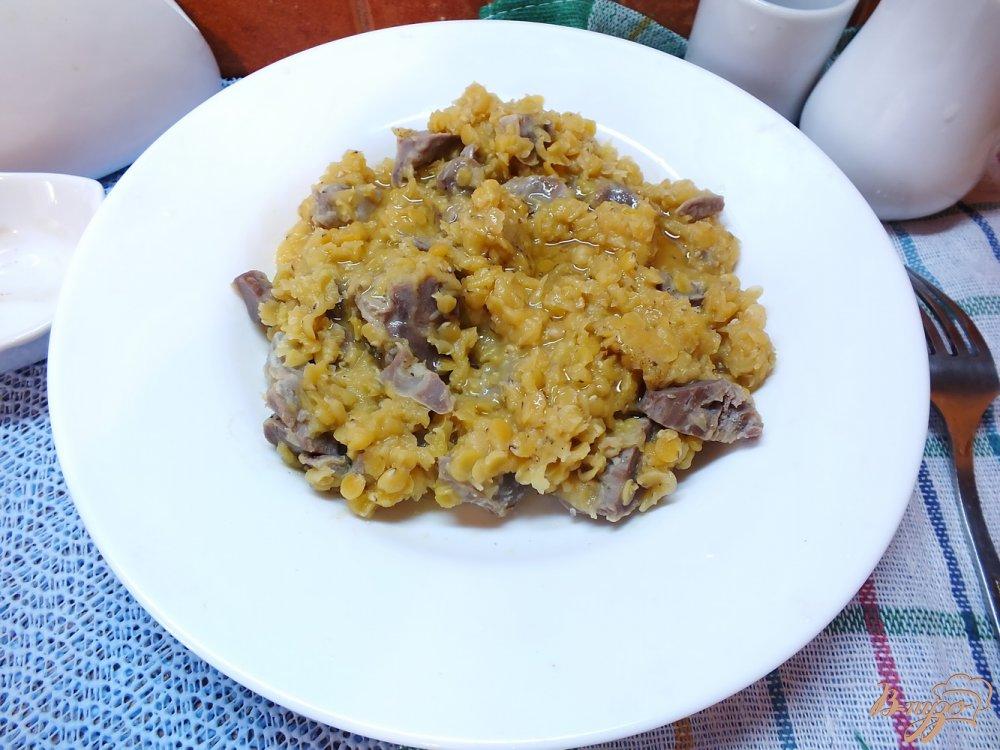 Фото приготовление рецепта: Салат из чечевицы с куриными желудками шаг №5