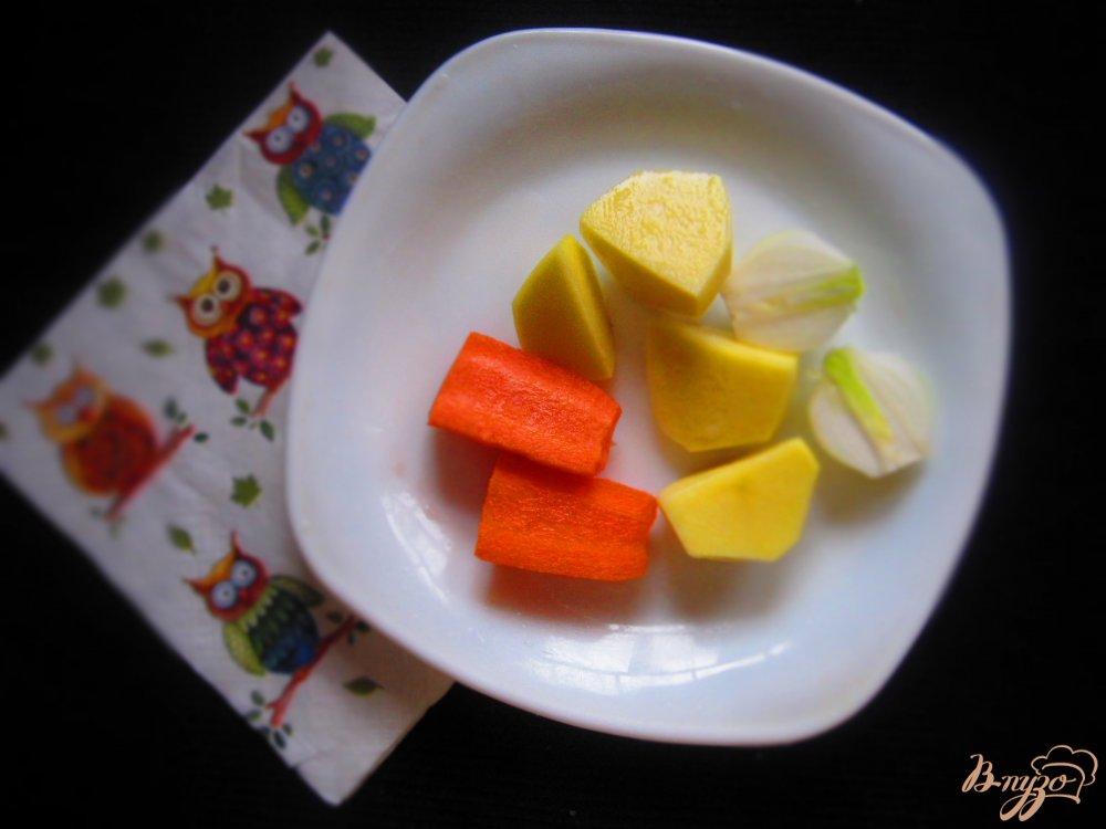 Фото приготовление рецепта: Детский крем суп с кроликом шаг №2