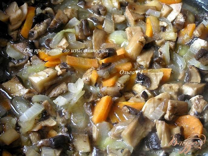 Фото приготовление рецепта: Фасолевый суп-пюре с грибами шаг №3