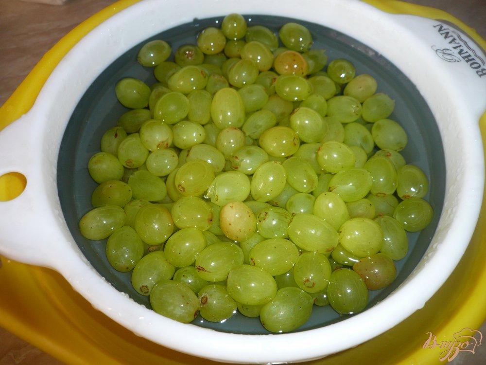 Фото приготовление рецепта: Простое виноградное варенье шаг №4